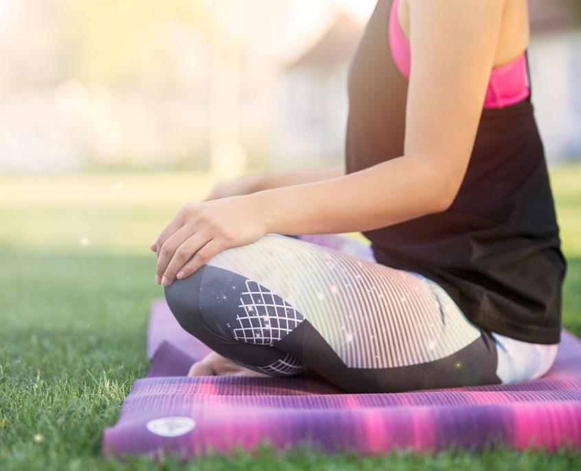 Mit Yoga Privatstunden profitierst du von ungeteilter Aufmerksamkeit und Hilfestellung